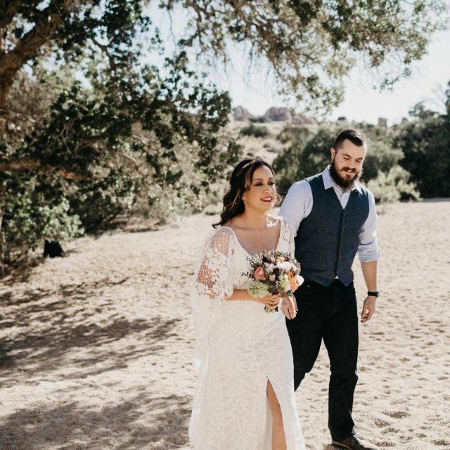 More Joshua Tree weddings please!  Photo by martinamicko